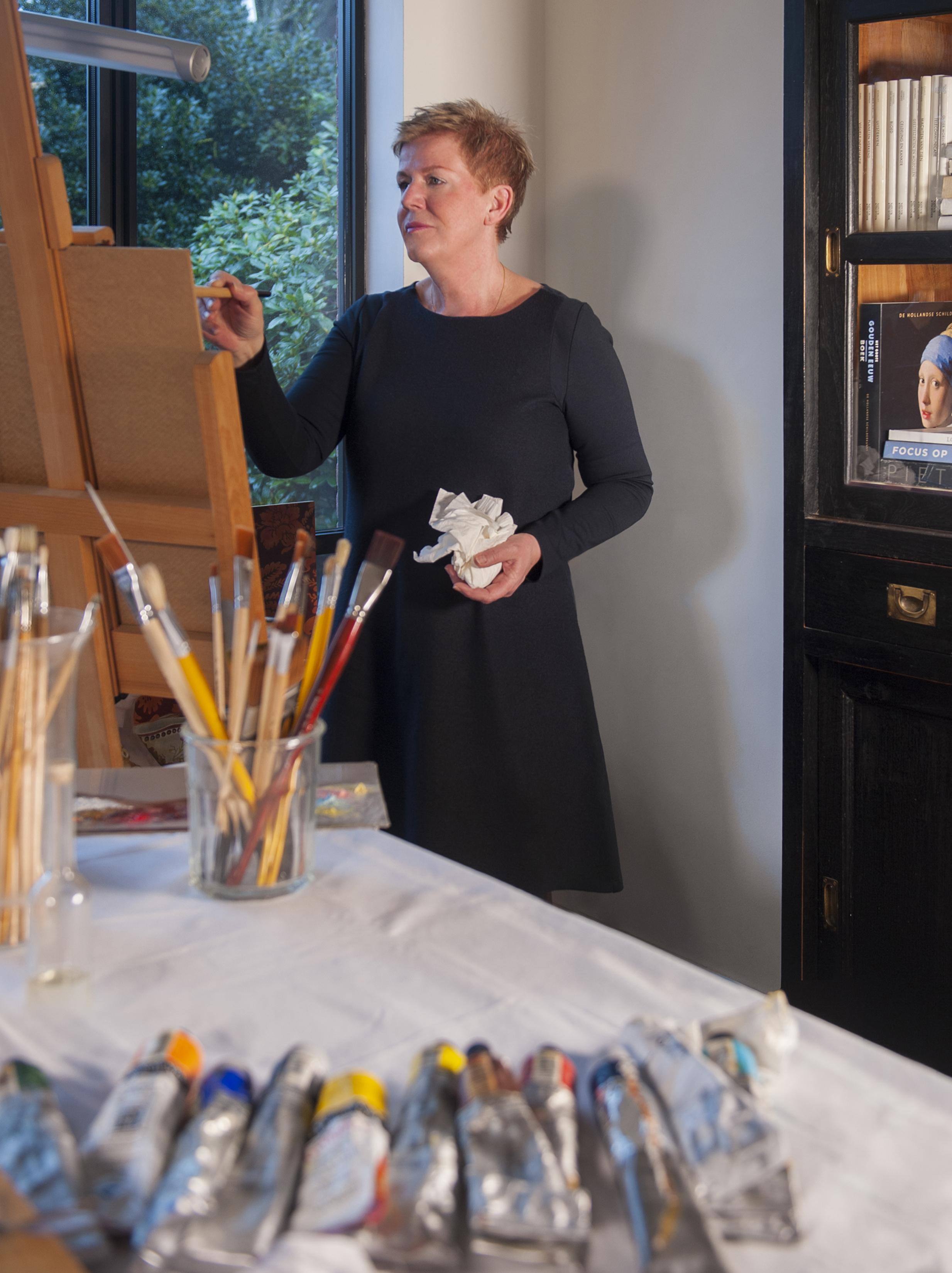 05 - Homepage - Anneke in atelier